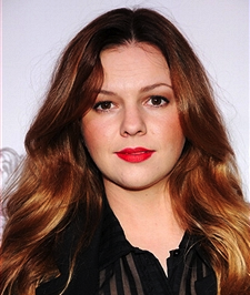 Amber Tamblyn To Star In CBS Drama Pilot 'Anatomy of Violence' From 'Homeland' Trio