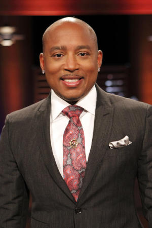 'Shark Tank's' Daymond John says Pitbull is the new William Shatner