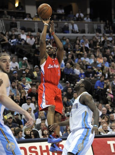 Martin leads Clippers past Nuggets 104-98