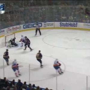 Nick Leddy Goal on Jhonas Enroth (04:33/1st)