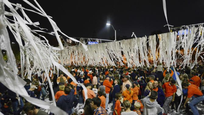 No. 6 Auburn moves 'onto the next,' No. 1 Alabama