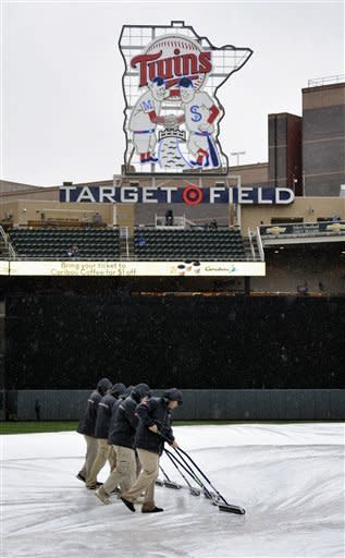 Royals-Twins postponed by rain