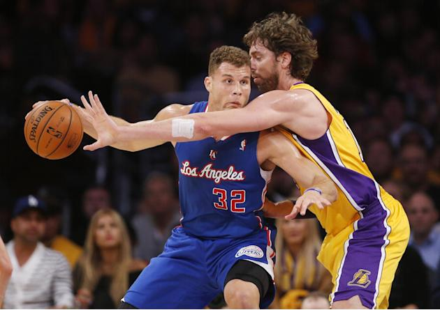 Lakers' reserves stun Clippers 116-103 in opener