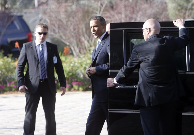 U.S. President Obama arrives at the residence of Israel's President Shimon Peres in Jerusalem