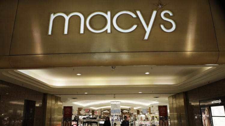 Macy's 1Q profit rises 20 pct on solid sales
