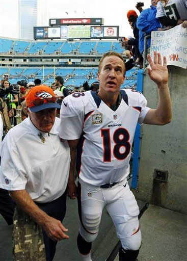 Manning, defense lead Broncos over Panthers 36-14