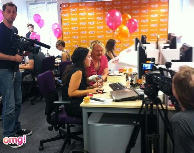 Keith Lemon in the office