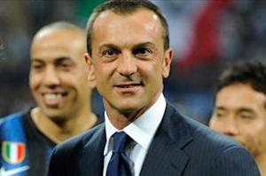 Branca: Sneijder axed over contract impasse