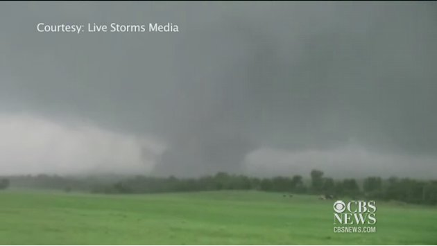 Watch: Massive tornado rips through Carney, Okla.