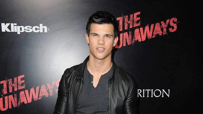 The Runaways LA premiere 2010 Taylor Lautner