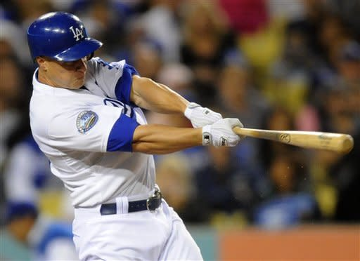 Capuano improves to 5-0, Dodgers beat Rockies 7-3