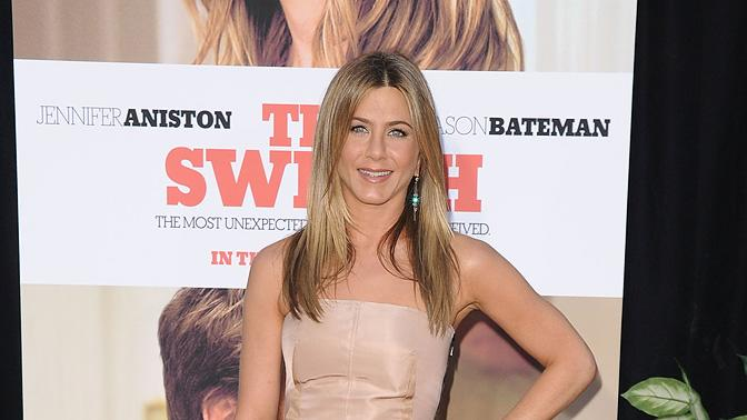 The Switch LA Premiere 2010 Jennifer Aniston