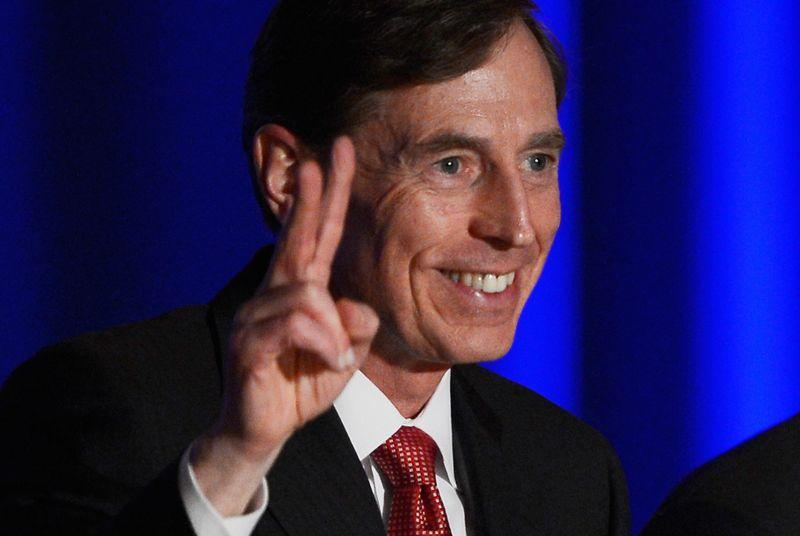 Petraeus will plead guilty to sharing classified data, avoid courtroom trial