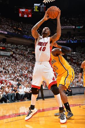 Heat sign F Udonis Haslem to 2-year deal