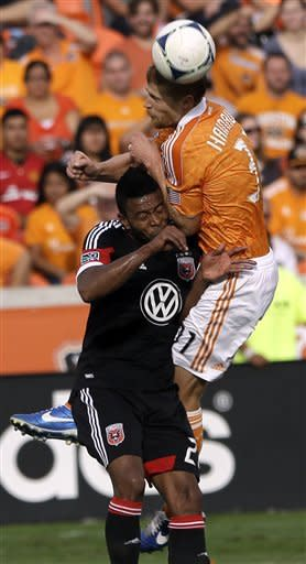 Dynamo beat United 3-1 in first leg of East final