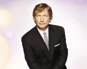 American Idol: Nigel Lythgoe Talks 'White Guys With Guitars,' Ratings Declines, Twitter Peeves