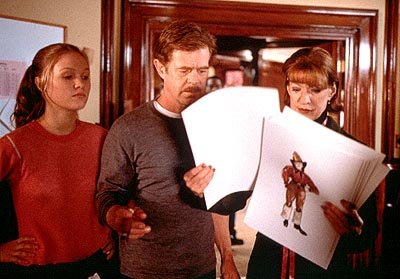 Julia Stiles , William H. Macy and Linda Kimbrough in Fine Line's State and Main