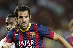 Wenger: Fabregas will stay at Barcelona
