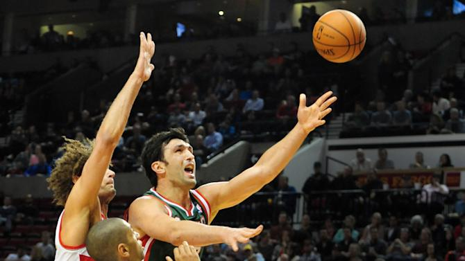 Blazers beat Bucks 120-115 in OT