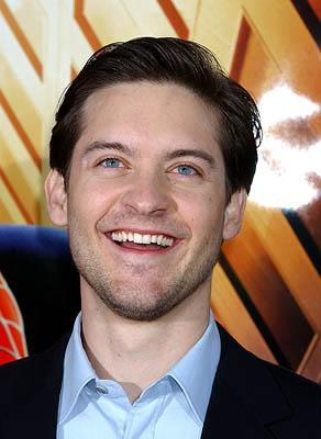 Tobey Maguire smiles to the heavens at the LA premiere of Columbia Pictures' Spider-Man