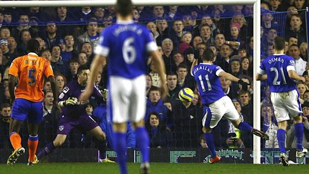Everton's Kevin Mirallas scores against Oldham (Reuters)