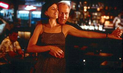 Linda Fiorentino and Paul Newman in USA Films' Where The Money Is