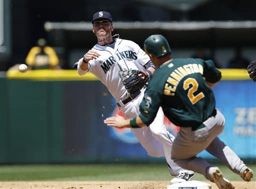 Parker shuts down Mariners in A's 2-1 win