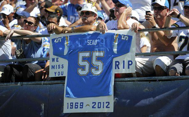 NFL's Junior Seau Had Brain Disease When He Committed Suicide