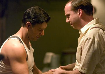 Russell Crowe and Paul Giamatti in Universal Pictures' Cinderella Man