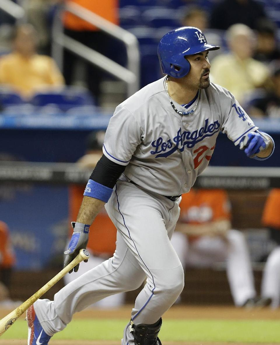 Yasiel Puig's homer lifts Dodgers past Marlins 6-4