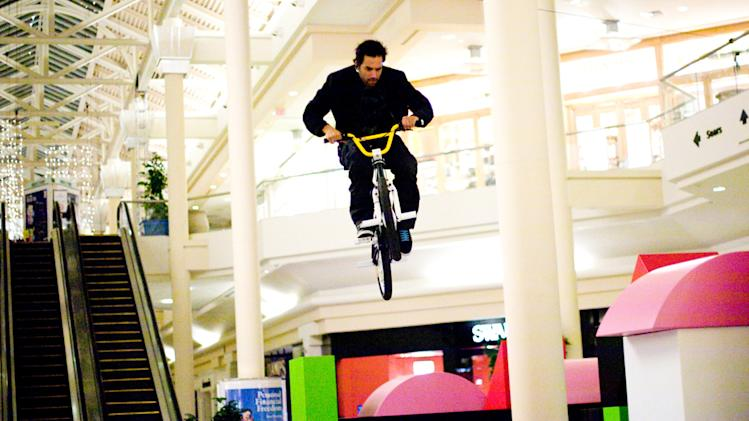 MIke Escamilla Paul Blart: Mall Cop Production Stills Columbia 2009