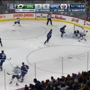 Michael Hutchinson Save on Antoine Roussel (00:32/1st)