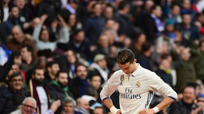 Real Madrid's forward Cristiano Ronaldo suffered a blow to his right foot at the weekend