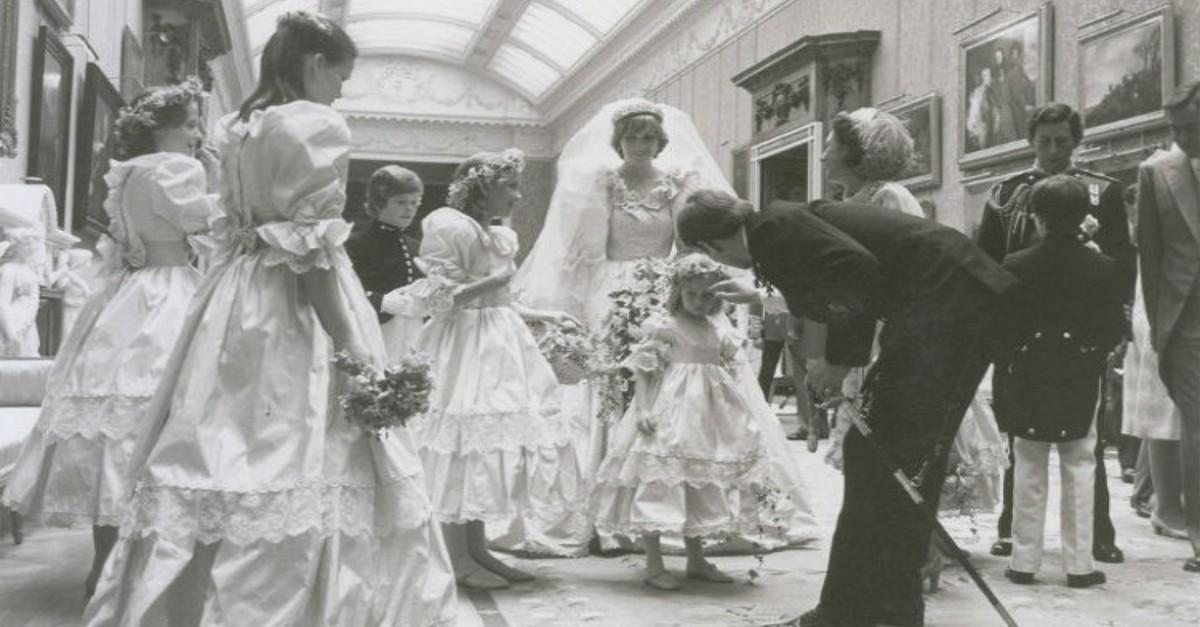 13 Unseen Photos From Princess Diana's Wedding