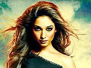 HIMMATWALA girl Tamannaah offered big Bollywood films?