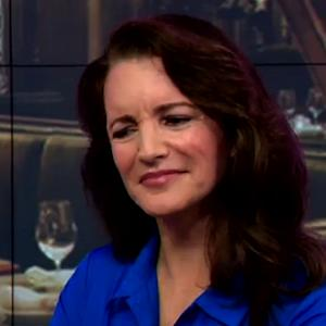 Kristin Davis Cringes While Australian Show Makes Her Reenact 'Sex and the City' Scene