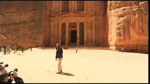 Obama visits Petra in Jordan