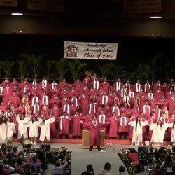 Graduating Senior Class Learns Epic Mashup To Say Aloha To High School