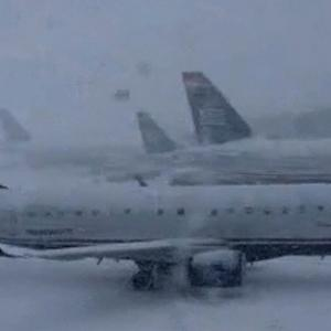 Eye Opener: Winter weather disrupts travel up and down the East Coast