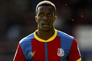Crystal Palace chief confident Zaha will not bolt in January