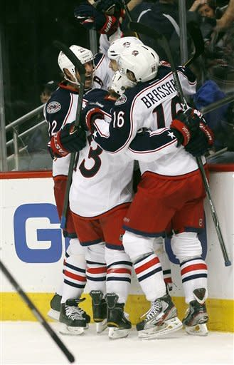 Mason and Blue Jackets top Avalanche 2-0 win