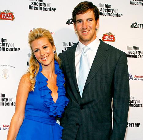 Eli Manning, Wife Abby Welcome Baby Girl!