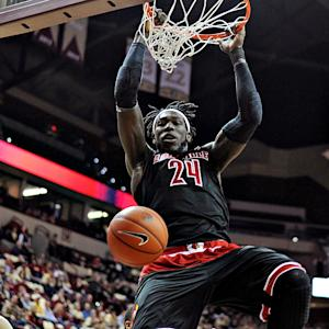 College Basketball's Best Dunks: 2/28/15