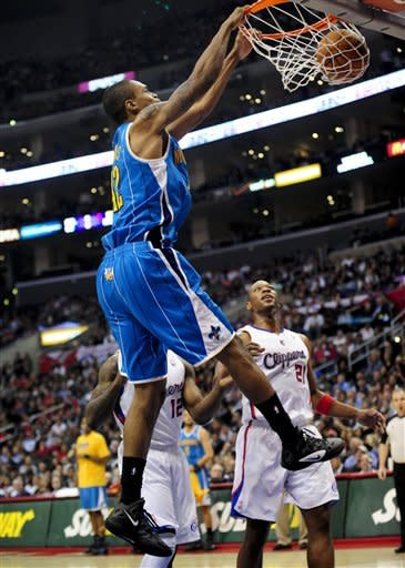 Paul haunts ex-mates as Clippers top Hornets 97-85