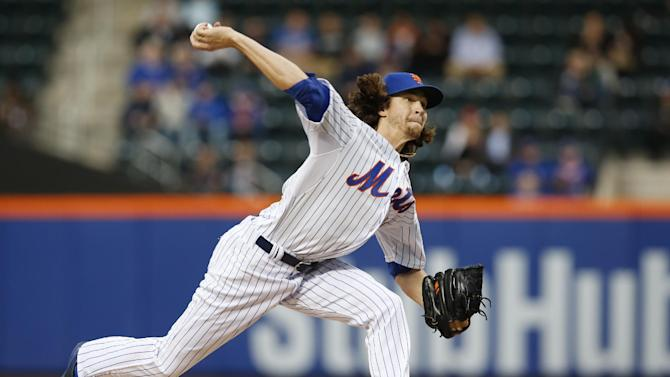 New York Mets starting pitcher Jacob deGrom delivers in a baseball game against the Washington Nationals in New York, Sunday, May 3, 2015. (AP Photo/Kathy Willens)
