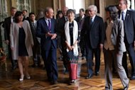 <p>Paris Mayor Bertrand Delanoe (2nd L) welcomes Myanmar pro-democracy leader Aung San Suu Kyi (C) at the Paris City Hall. Suu Kyi, nearing the end of her triumphant Europe tour in France, accepted another award today as she became an honorary citizen of Paris.</p>
