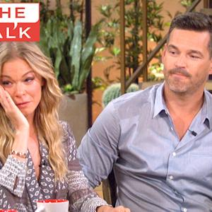 The Talk - LeAnn Rimes Cries Over Father on 'The Talk'