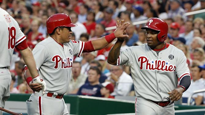 Phillies lose Lee, defeat Nationals 10-4