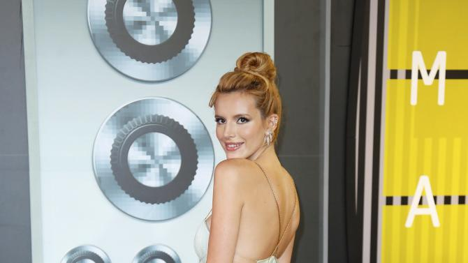 Bella Thorne arrives at the 2015 MTV Video Music Awards in Los Angeles