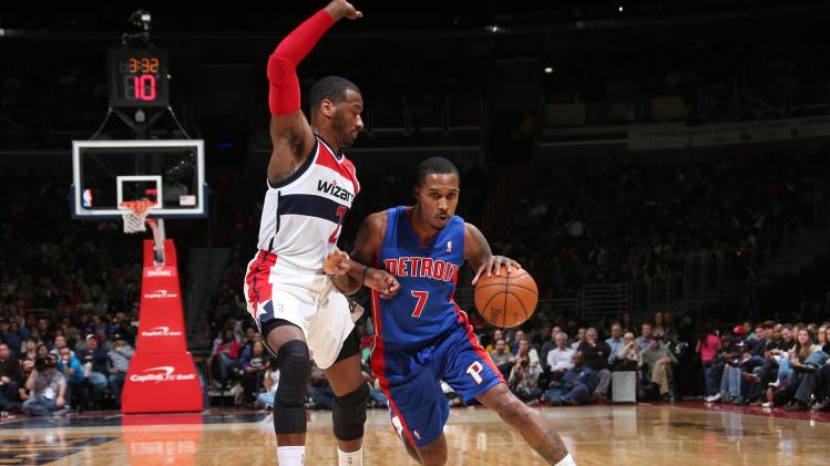 Smith, Stuckey lead Pistons past Wizards, 104-98